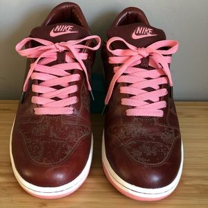 Special Edition Men's Nike SB Dunk Low